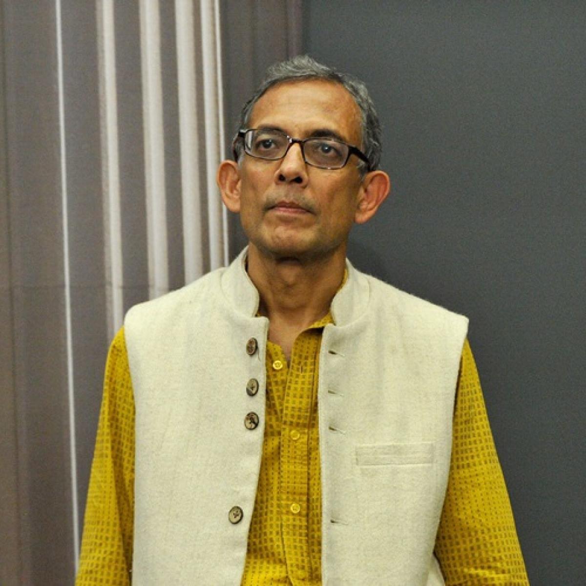 #AbhijitBanerjee trends on Twitter, netizens go gaga over Indian-origin economist winning Nobel Prize