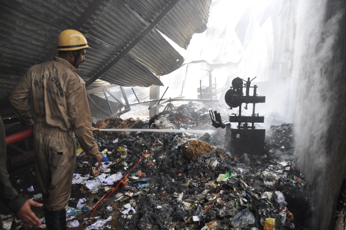 Indore: Fire at plastic bag factory