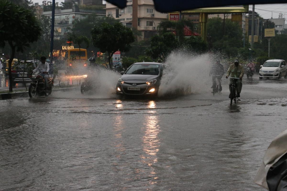 Indore: Rains lash city, waterlogging, jams along BRT corridor