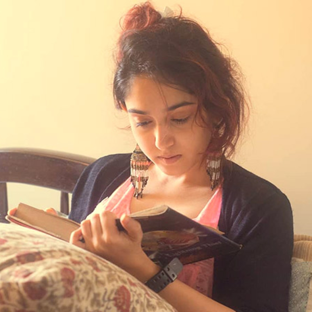 Aamir Khan's daughter Ira does some serious prep for her directorial debut