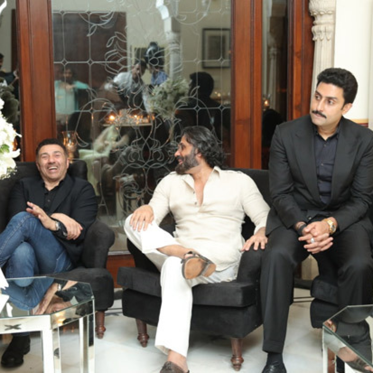 Abhishek Bachchan, Suniel Shetty, and others make filmmaker JP Dutta's birthday memorable