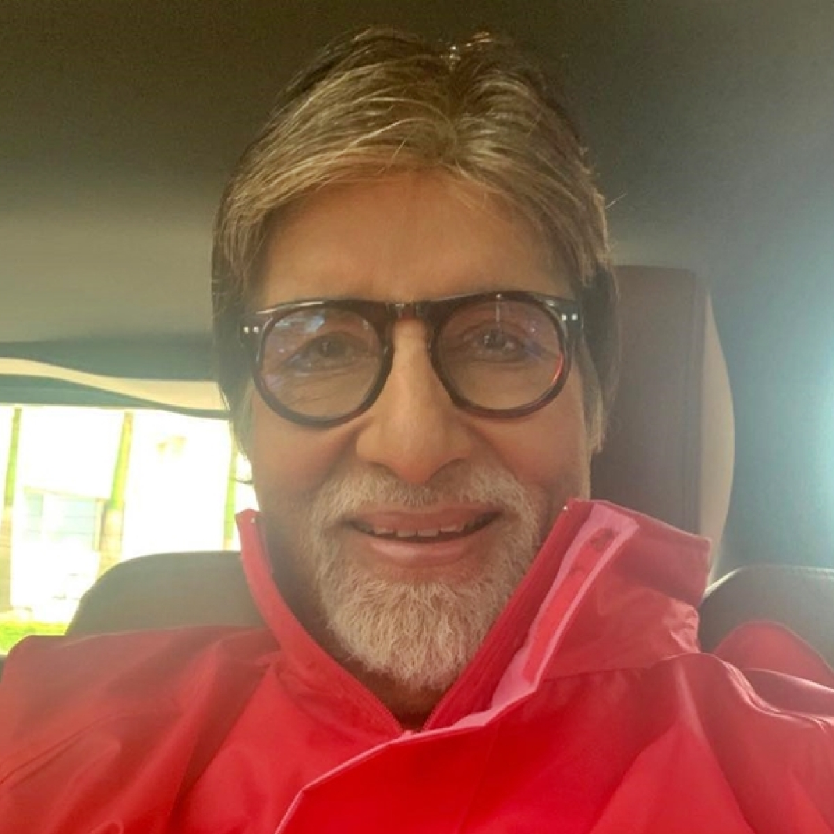 Amitabh Bachchan's 2010 tweet about 'bra', 'panties' will leave you scratching your head