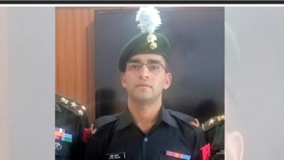 Indian soldier quits service to pursue higher education