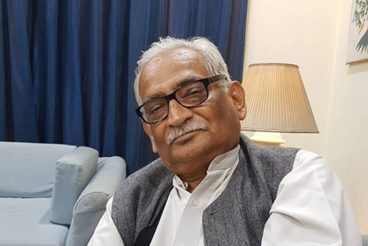senior lawyer Rajeev Dhavan