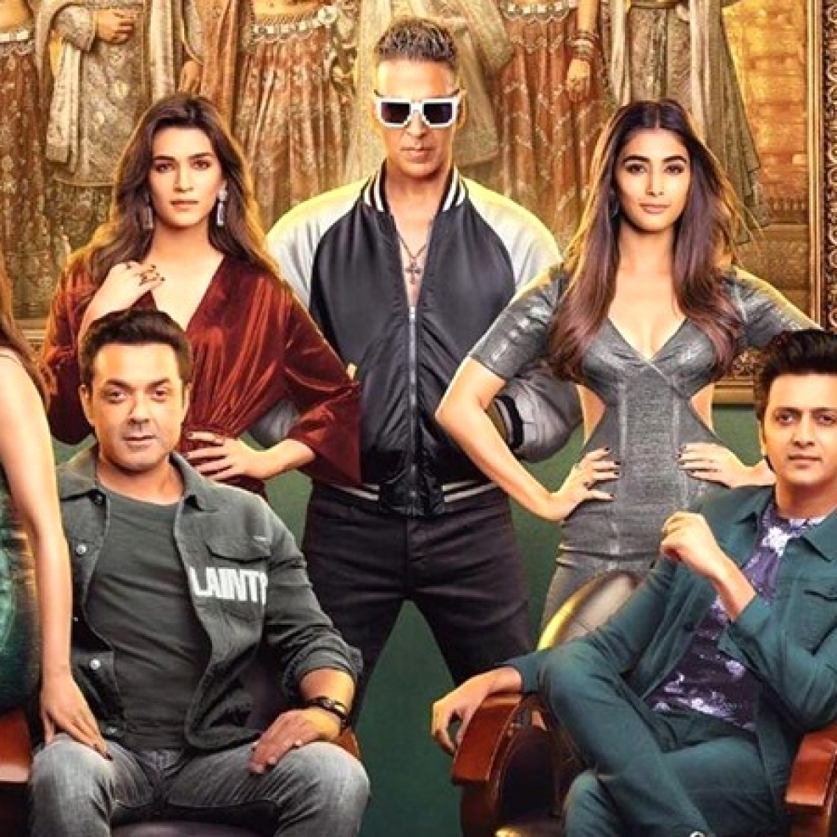 Akshay Kumar would reward 'Housefull 4' co-stars for being punctual on set
