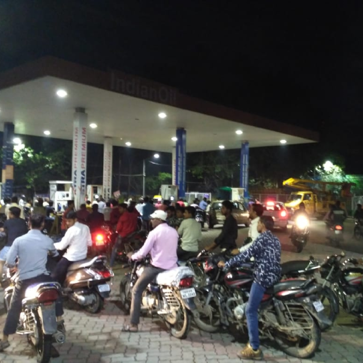 Truckers' strike: Panic in city as fuel pumps go dry