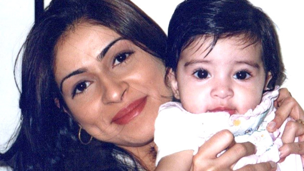 Bhavana Panday shares Ananya's childhood pictures as she turns 21
