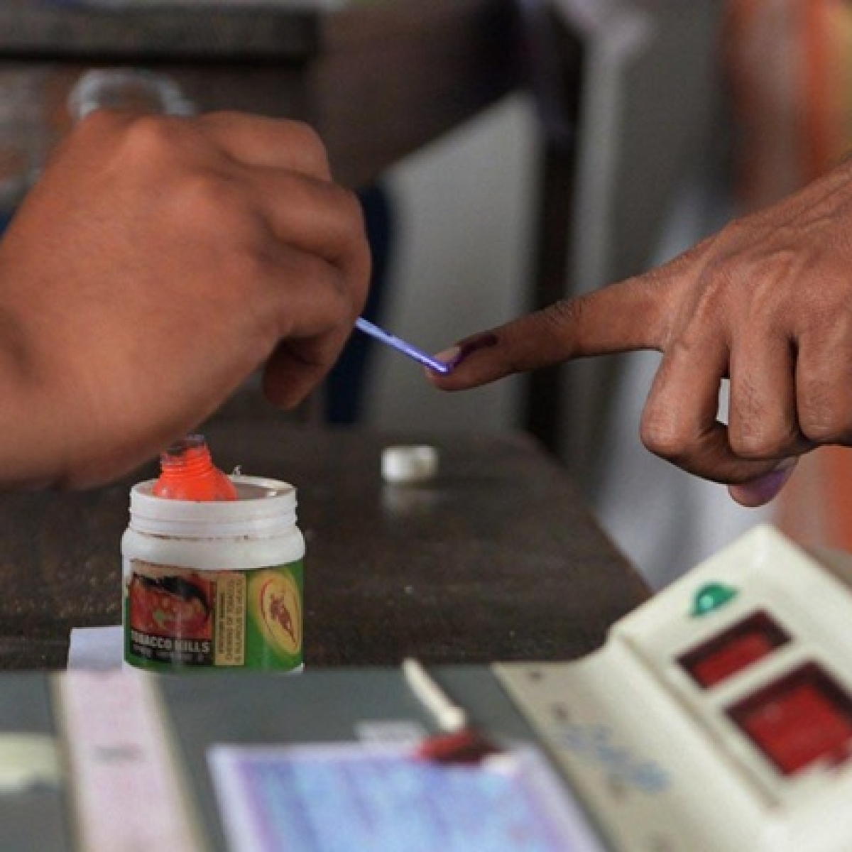 Maharashtra Elections 2019: Voter turnout till 10 am is 5.79%
