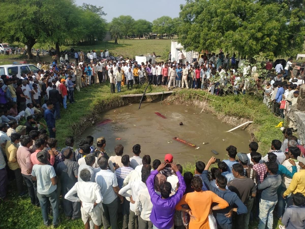 Shajapur: 3 kids killed, 16 injured as school van falls into well