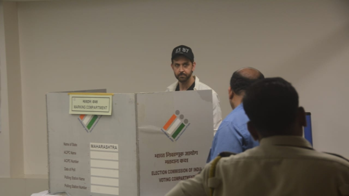 Maha Polls: Bollywood A-listers vote, urge public to do so too