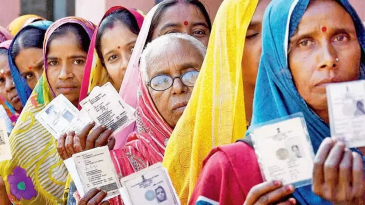 Maha Election 2019: Voters wowed by all-women polling booth