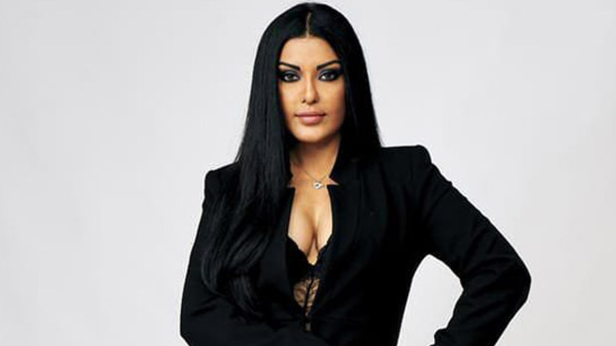 'Can't see myself with a lauki, baingan or carrot on a poster', Koena Mitra on being offered sex comedies