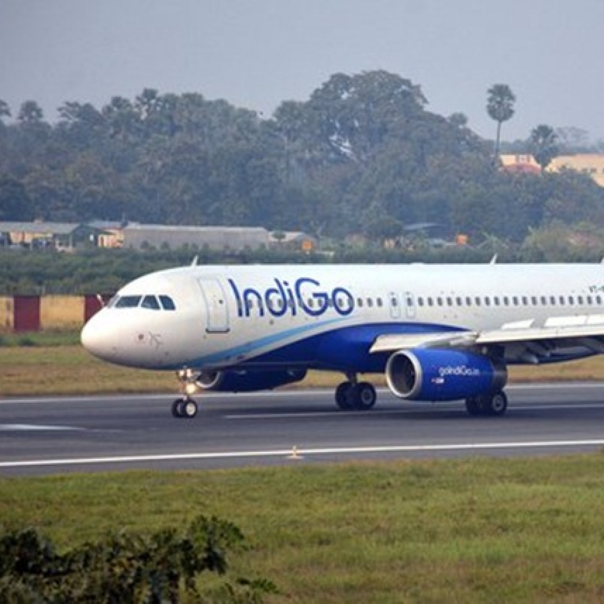 IndiGo flight to Coimbatore returns due to engine failure