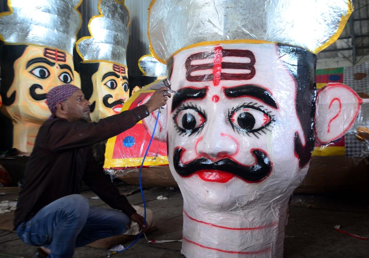 Bhopal: Ravan to go up in smoke in rain suit this year