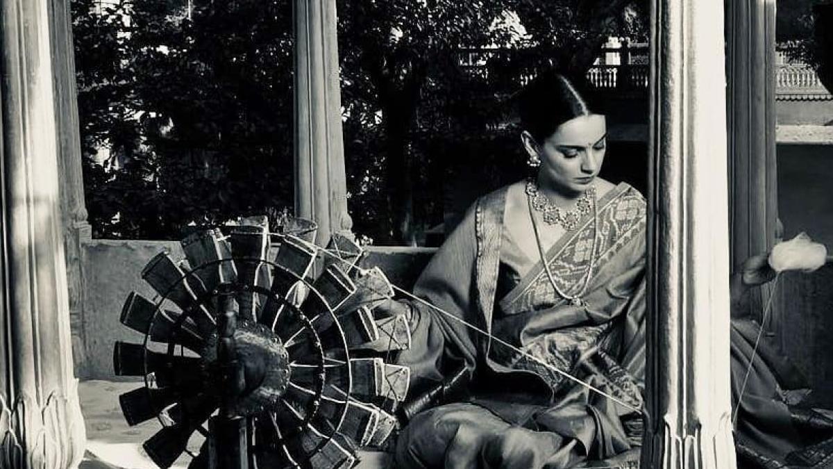 Kangana Ranaut campaigns for revival of khadi on 'Gandhi Jayanti'