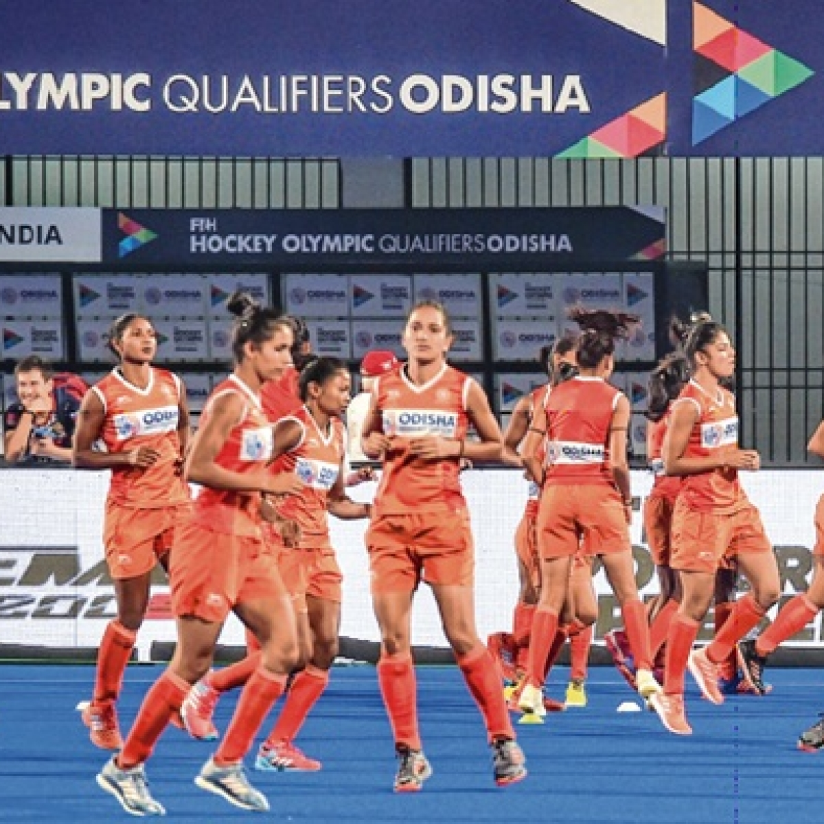 Easy for men; tough for women in Olympic qualifiers