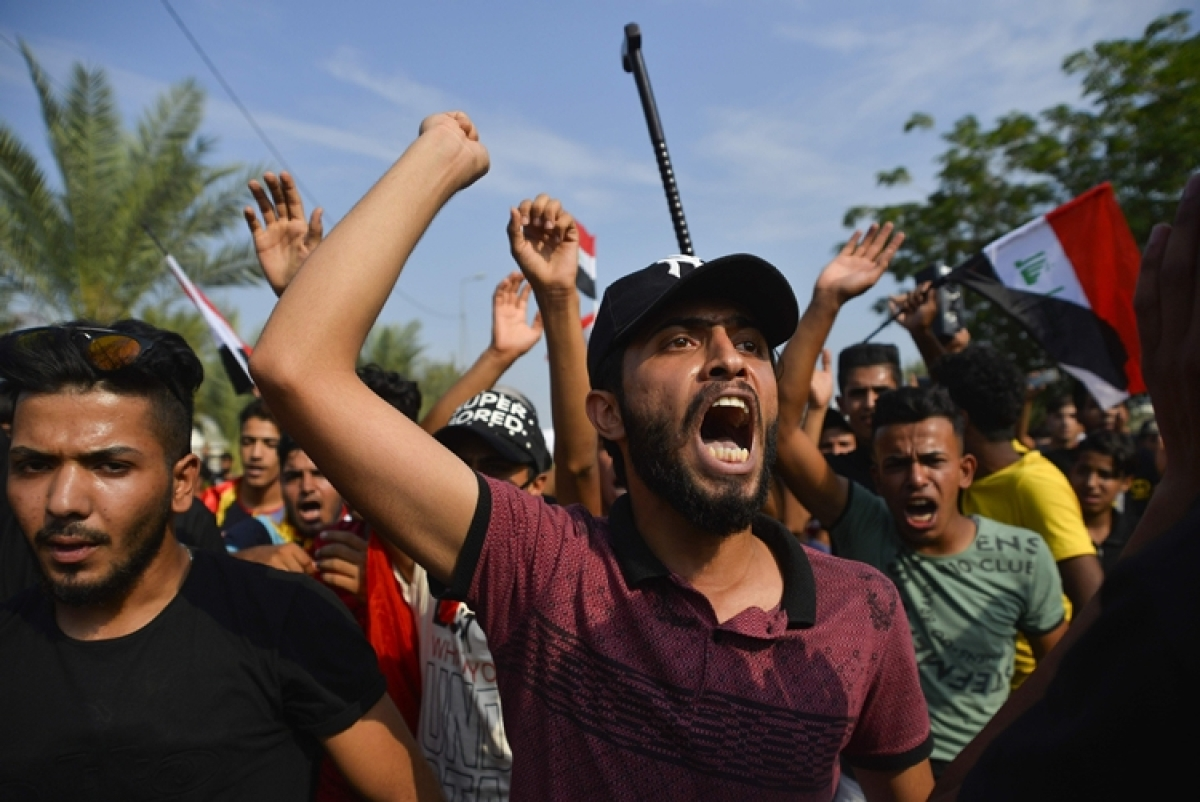 Second wave of Iraq protests claim 74 lives, injures 3,600