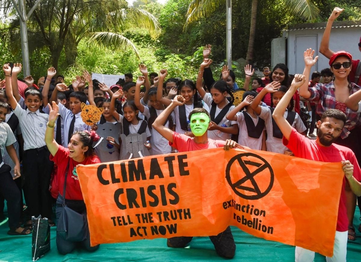 Paris climate activists kick off global protests