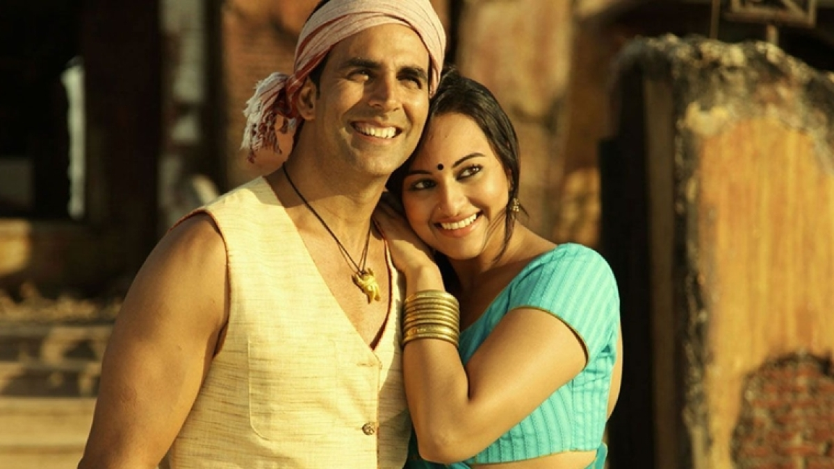 Wait, what? Sonakshi now claims that Akshay's 'chusa hua aam' remark was promoting body positivity