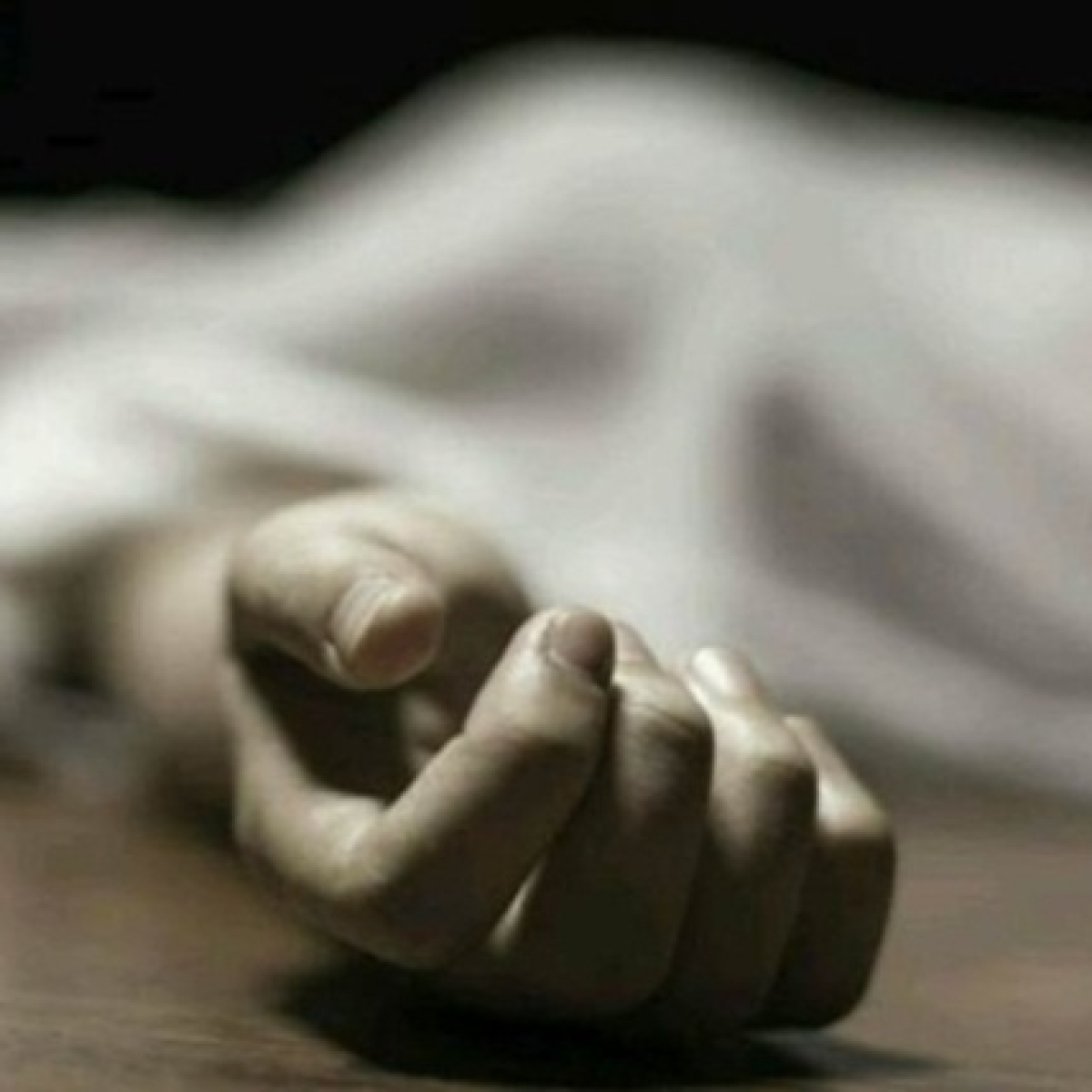 Youth Stabs Girlfriend to Death, Attempts Suicide