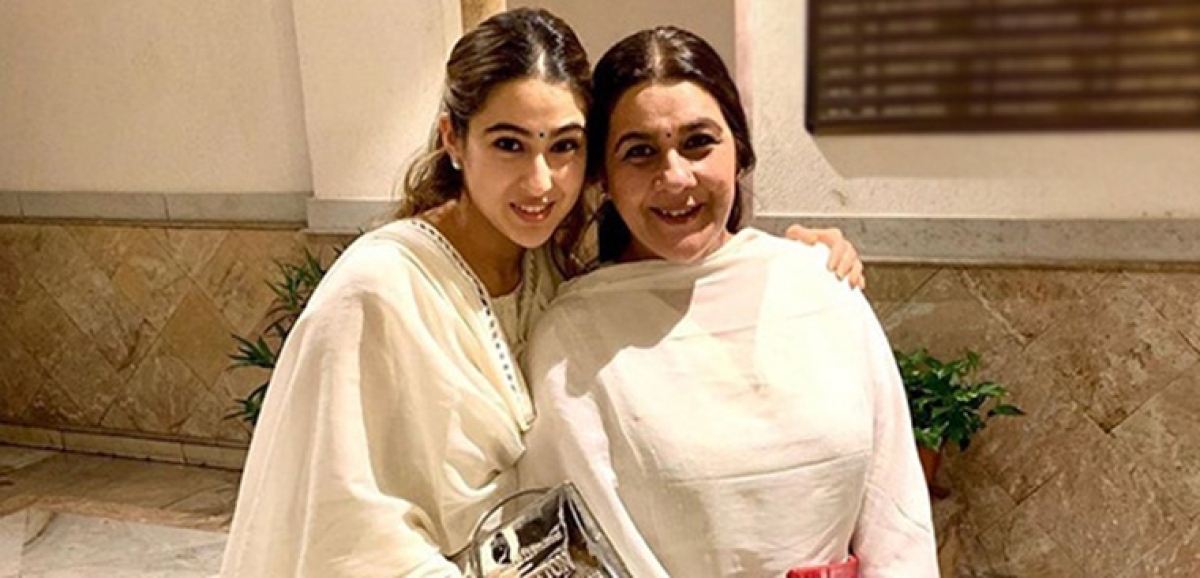 Sara Ali Khan and Amrita Singh twin in their all-white ethnic outfits for a Diwali bash