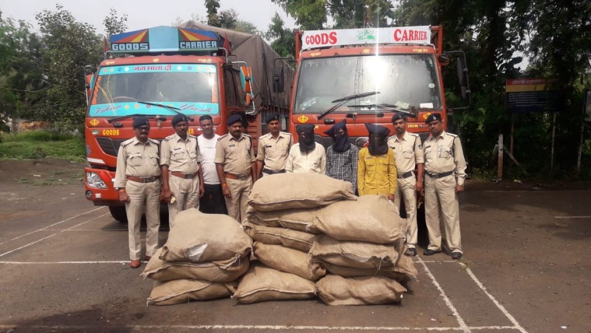 Khandwa: Four arrested with booty worth Rs 1.5 cr