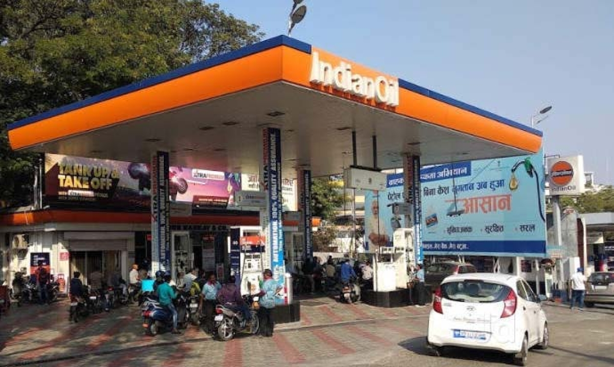 Bhopal: Disaster awaiting as gap between roads, fuel stations shrinks