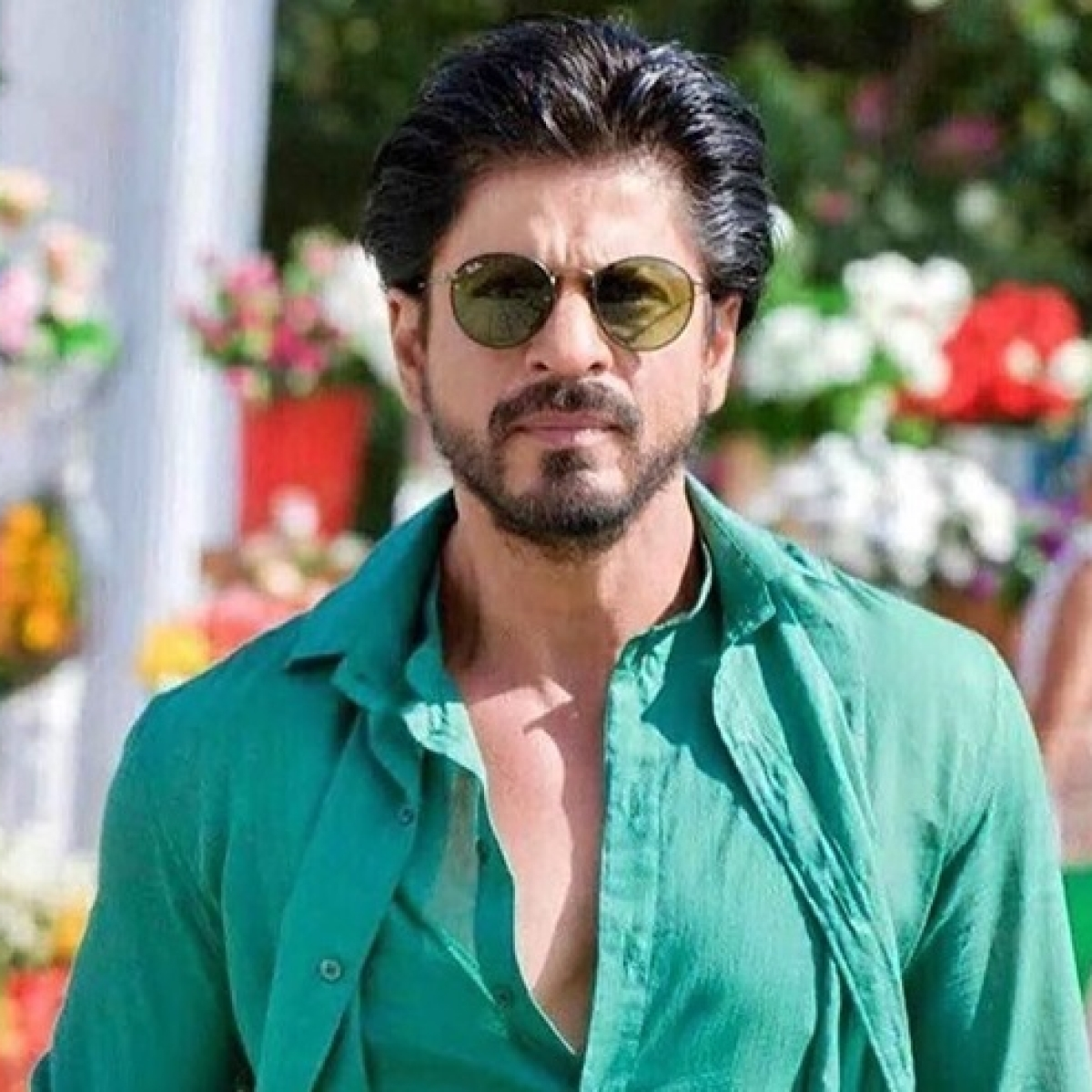 #AskSRK: Shah Rukh Khan's epic replies prove he's the king of wit