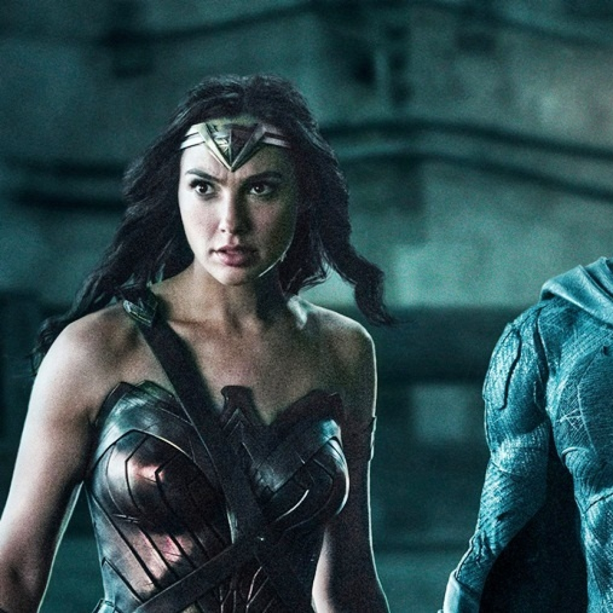 Gal Gadot, Ben Affleck petition #ReleaseTheSnyderCut version from 'Justice League'