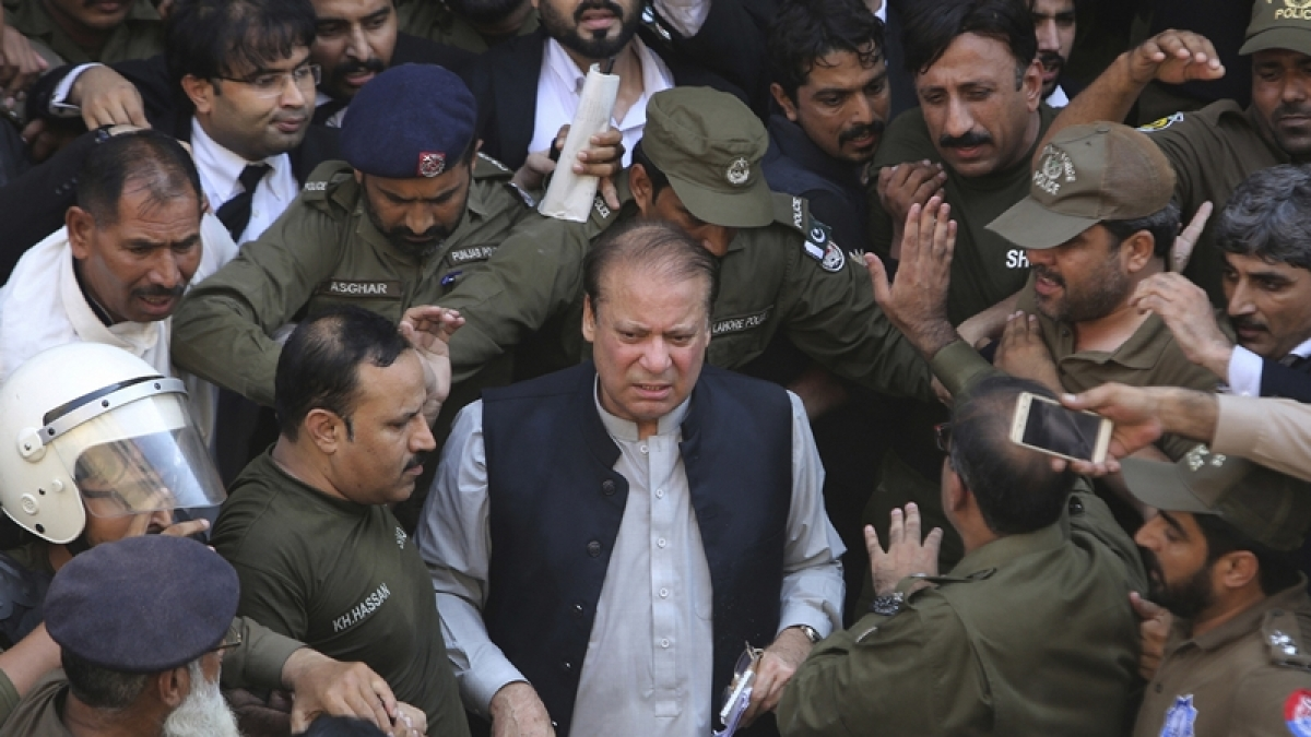 Danger to Nawaz Sharif's health increasing due to delay in his travel abroad: Party