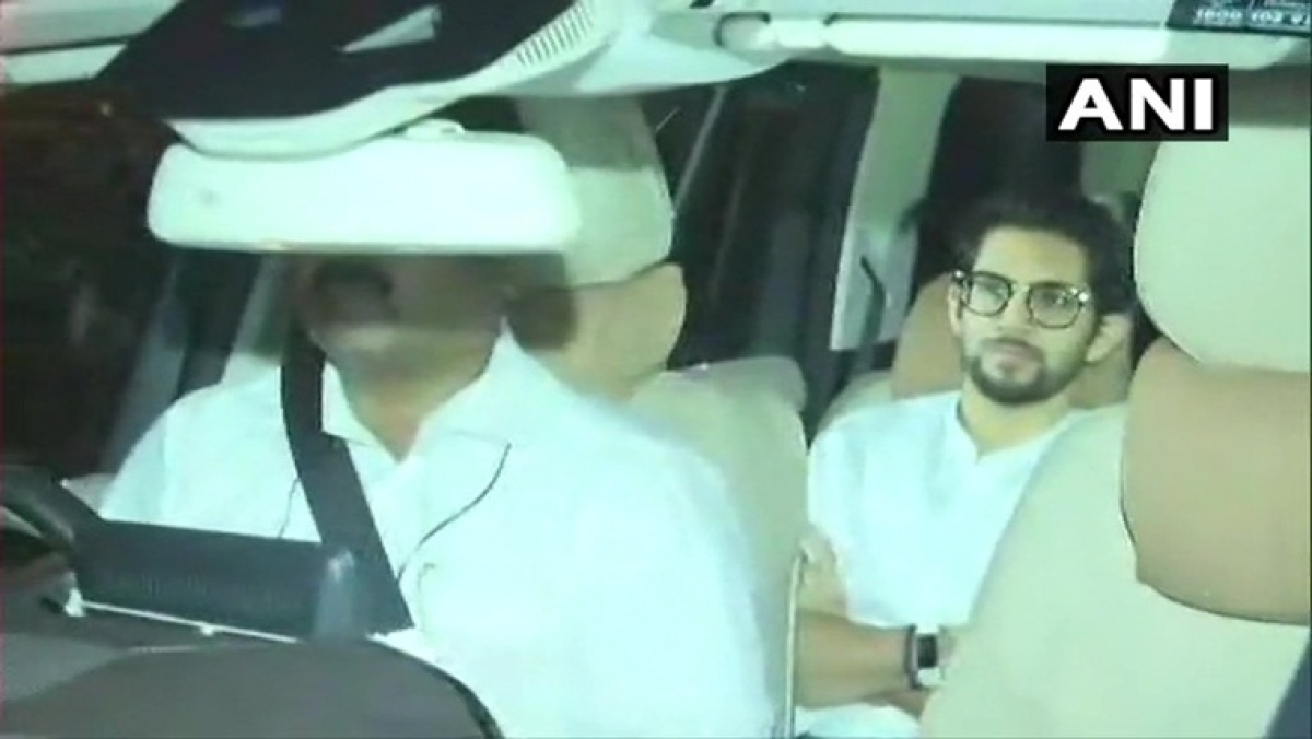 Ahead of swearing-in of new govt, Aaditya Thackeray holds late night meet with Sharad Pawar