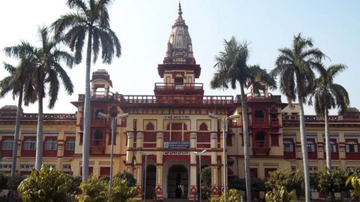 BHU Sanskrit department reopens after protest ends