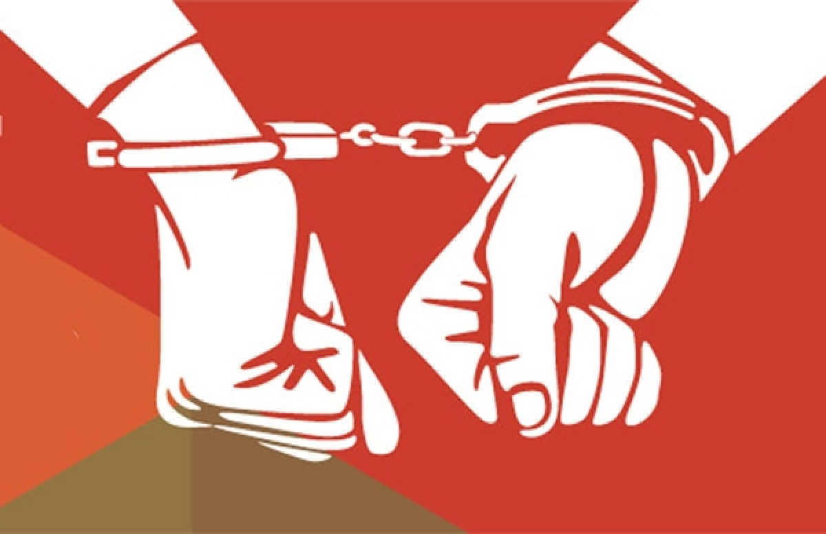 2 arrested in Nehru Nagar for showing nude photos to teen