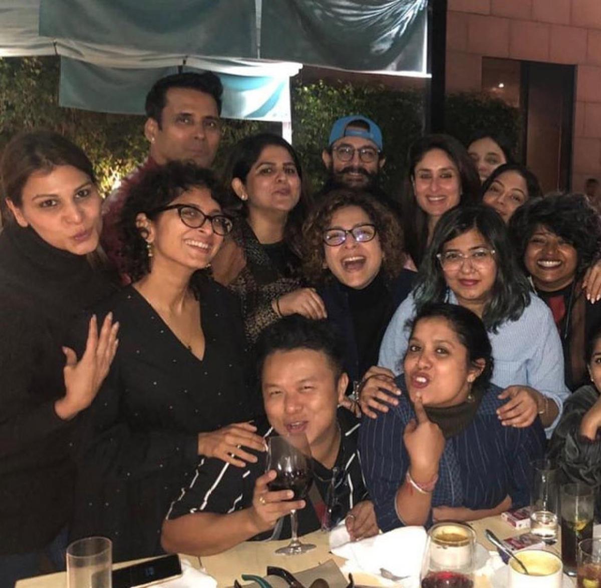 Laal Singh Chaddha: Aamir Khan, Kareena Kapoor Khan enjoy team dinner in Punjab