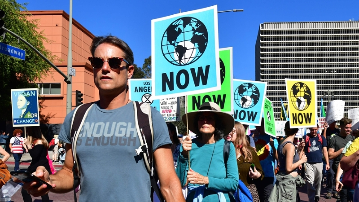 US begins exit from Paris climate accord