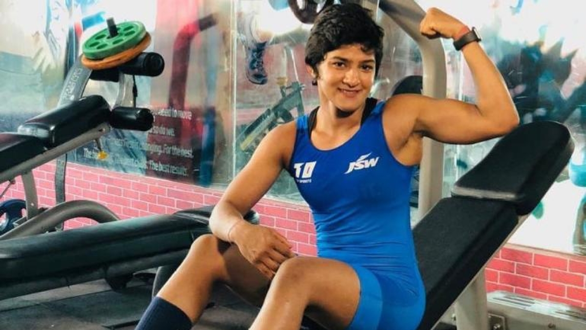 Ritu Phogat showing off her arms