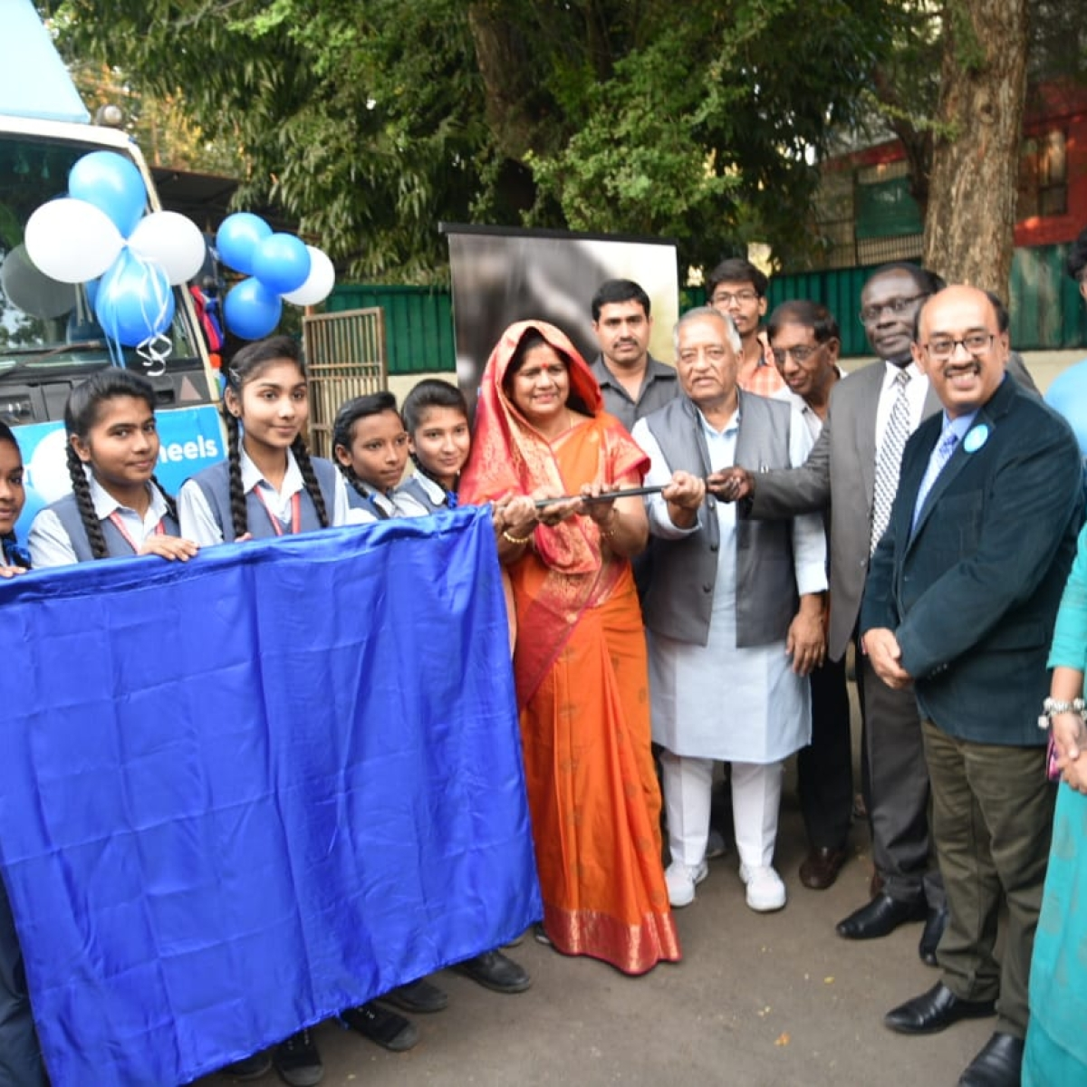 Bhopal: Mandal Photo Exhibition on Wheels launched