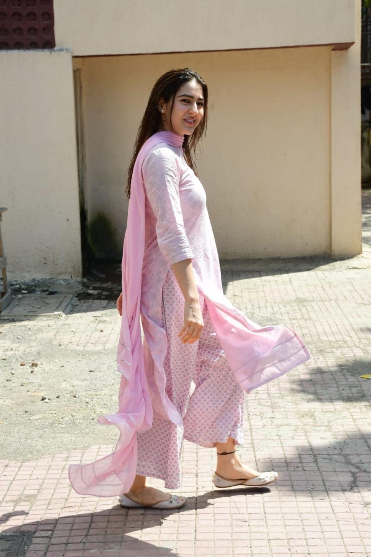 Sara Ali Khan Gives Festive Goals In Her Beautiful Pink