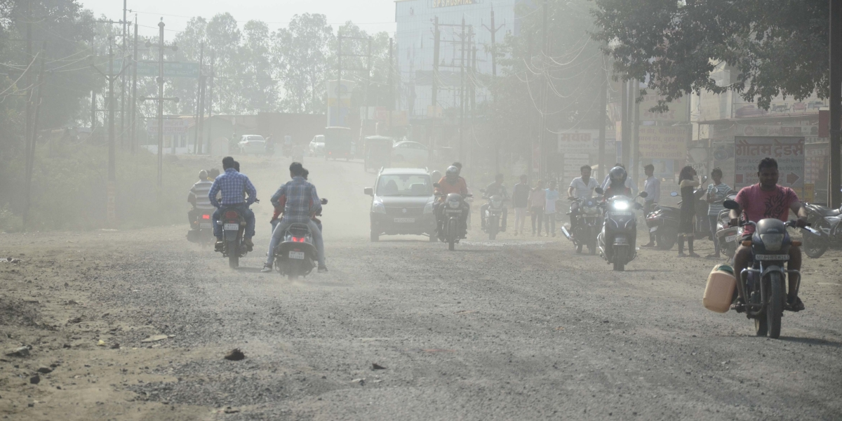 Bhopal: Unrepaired roads exposing people to health hazard