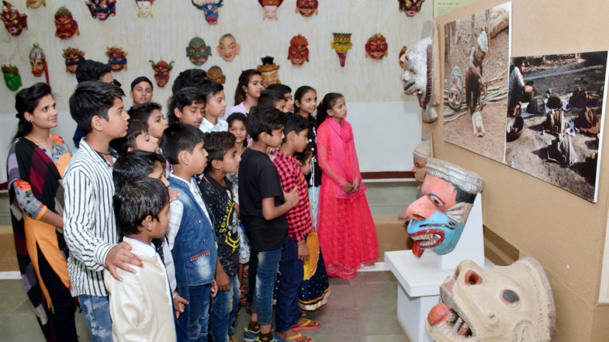 Bhopal: Navodaya students learn about heritage at IGRMS