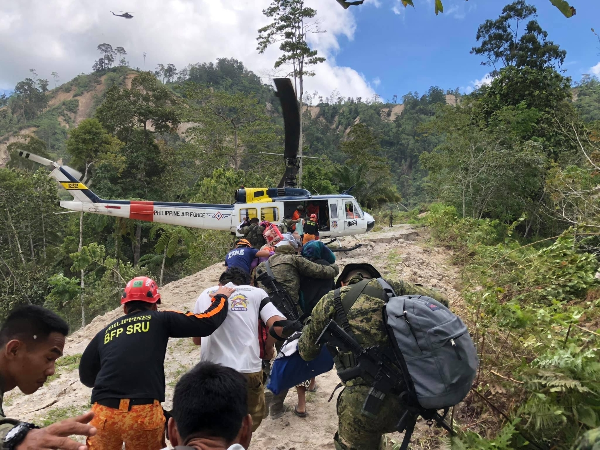Philippines quakes: Over 31,400 people displaced