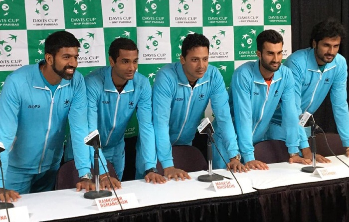 In centre captain Mahesh Bhupathi with his team for the Davis Cup