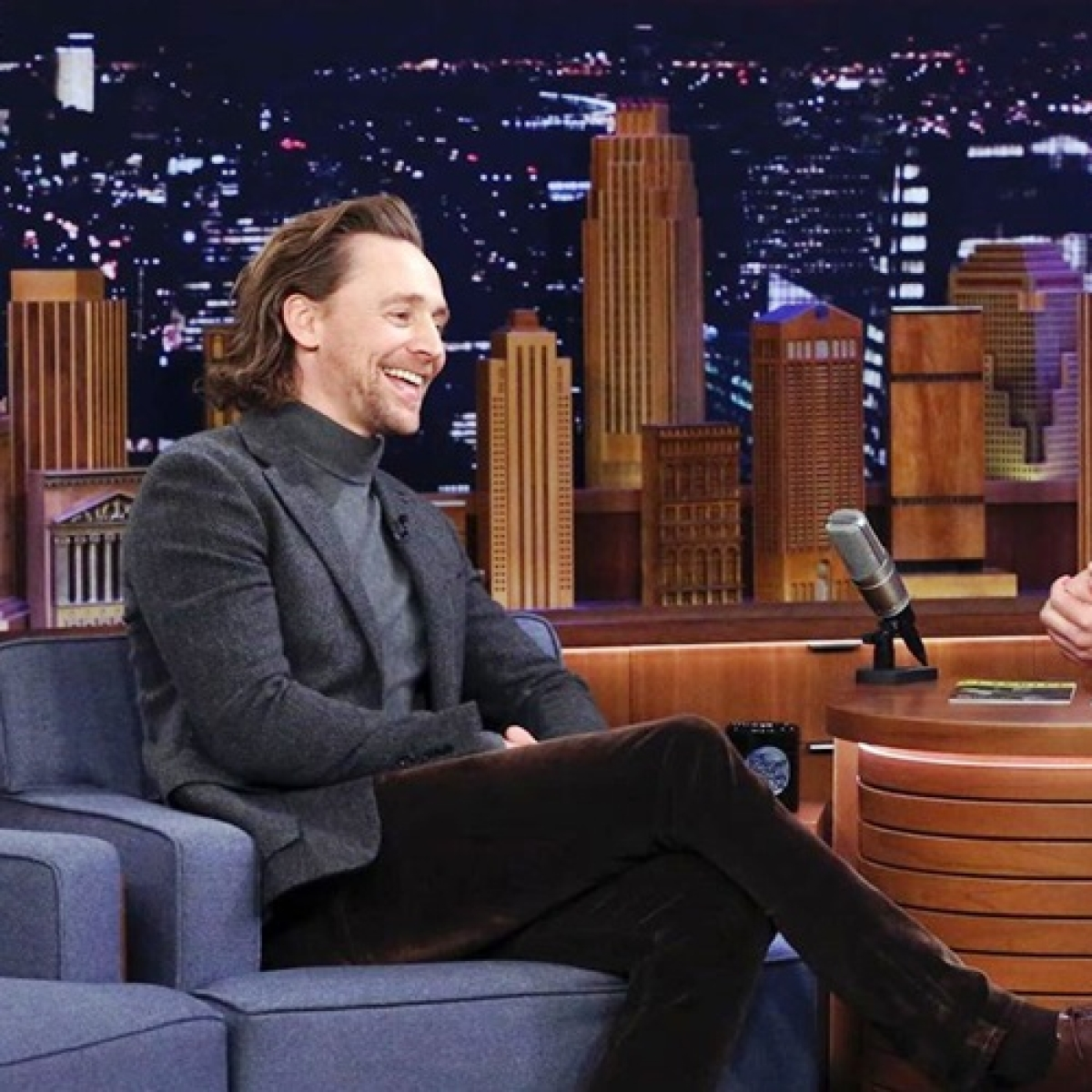 Tom Hiddleston facepalms after watching his audition tape as 'Thor'