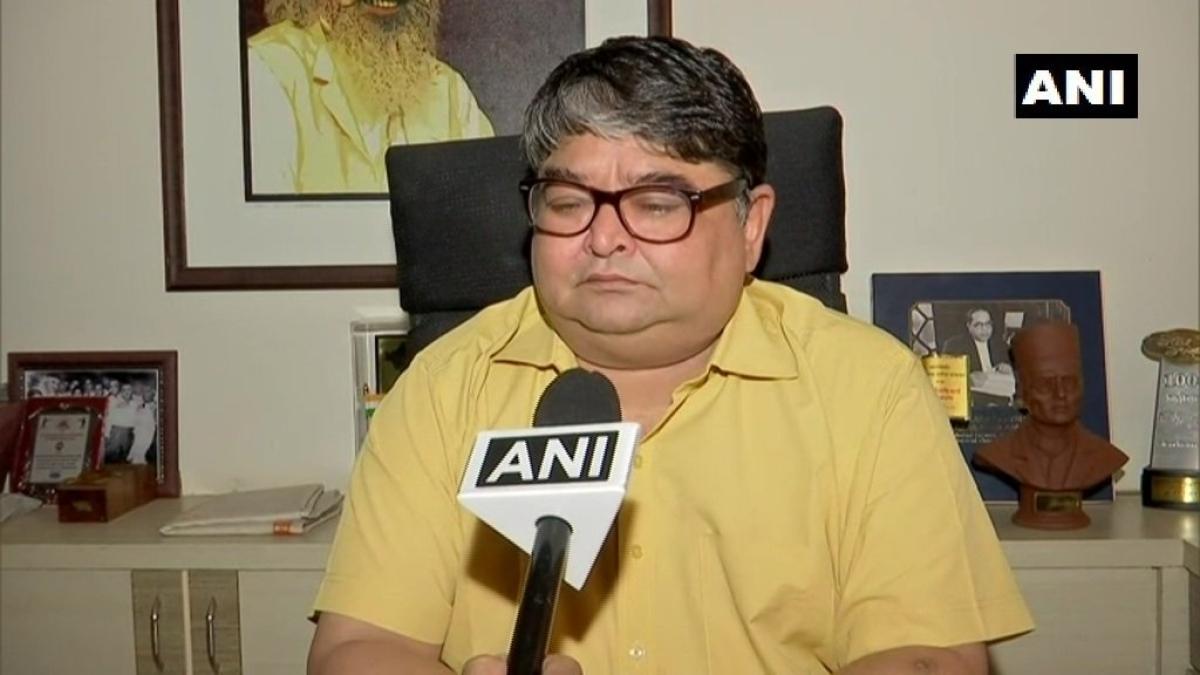 Savarkar's grandson thinks Sena can change Congress' stance on Hindutva
