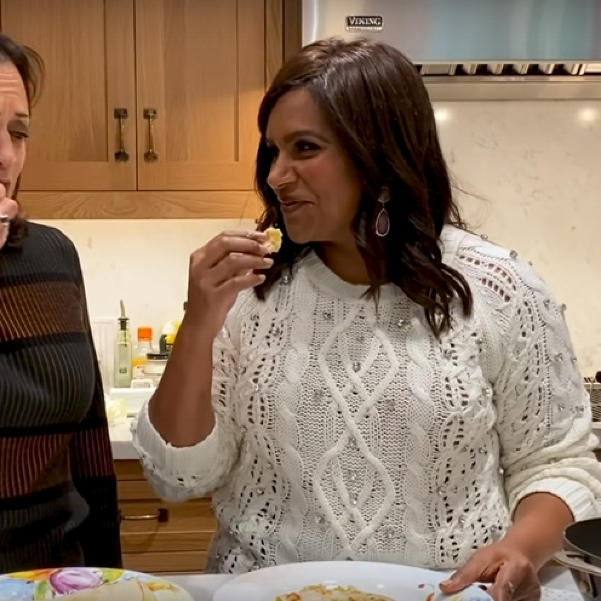 US presidential election gets desi as Kamala Harris and Mindy Kaling make 'masala dosa'