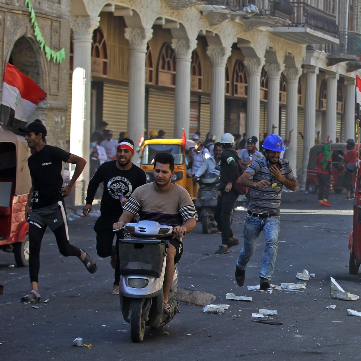 Iraq: Security forces kill several protesters in Baghdad, Basra