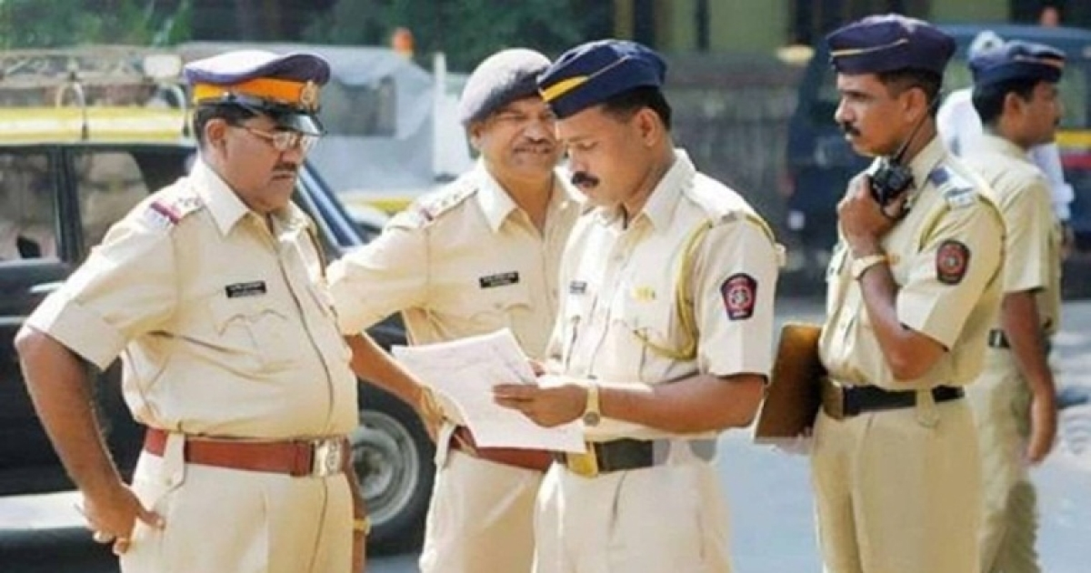 Mumbai: 22 arrested, 10 girls rescued from dance bar in Dindoshi