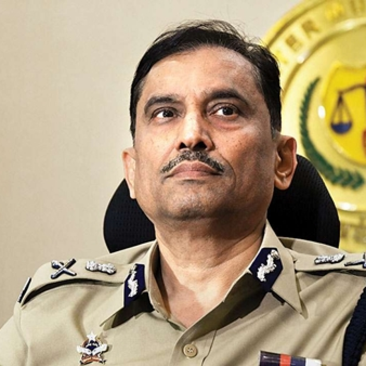 Minister seeks info on project to Mumbai CP Sanjay Barve's family-run firm, calls top cop for meeting