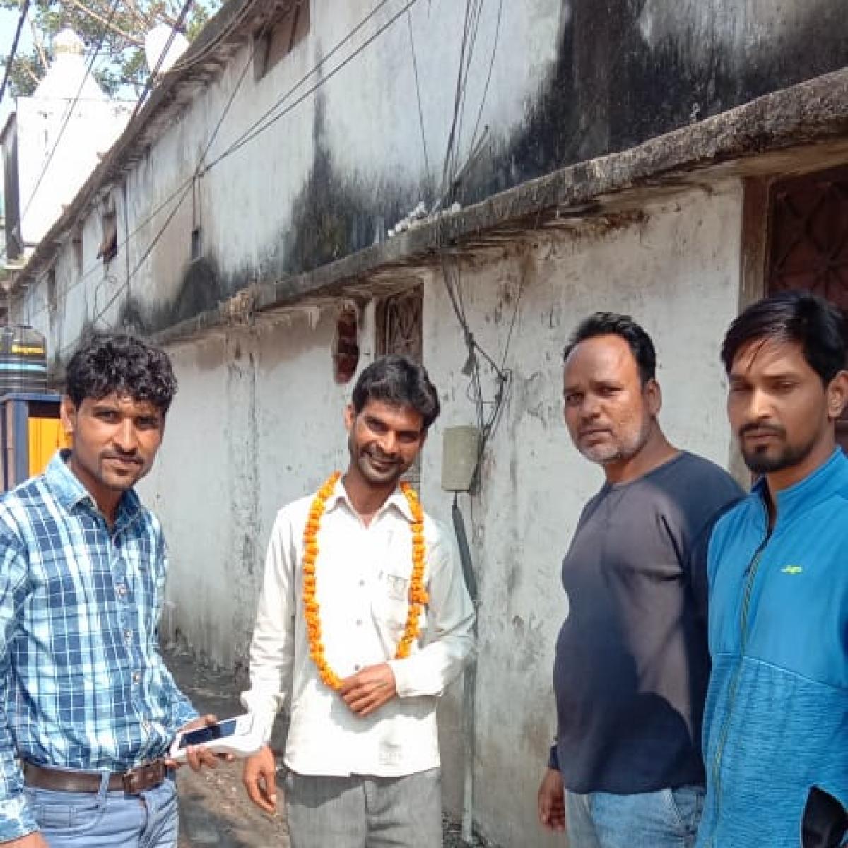 Bhopal: When BMC team resort to Gandhigiri