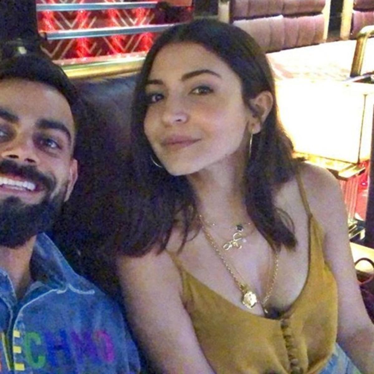 Virat Kohli has an intimate movie date with his 'hottie' Anushka Sharma